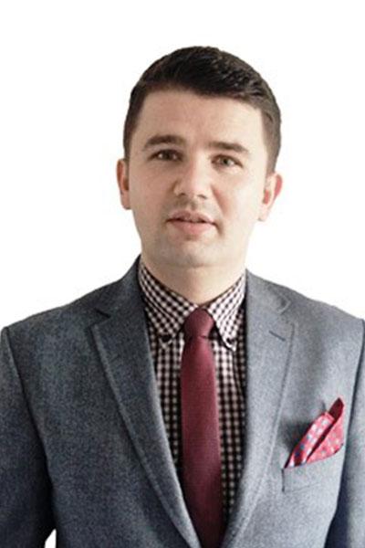 dr inż.Tomasz Czech, prof.UR